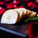pear by Sawicka Agnieszka (1 of 1)
